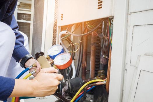 intervento di ricarica gas climatizzatori